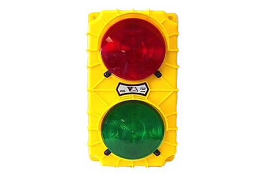Stop-Go Loading Dock Safety Light with Switch and Flasher (SG20)